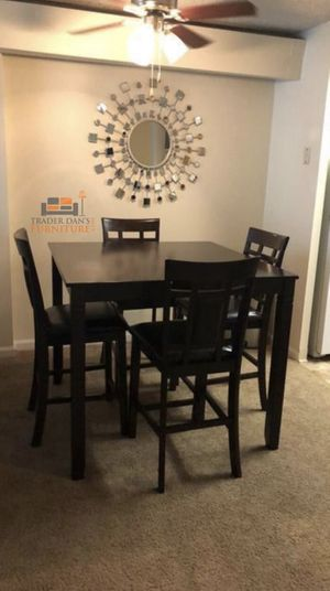 Brand new high dining table with 4 chairs for Sale in Kensington, MD