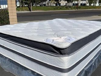 Cal King Golden Rest Bamboo Hybrid Gel Mattress for Sale in Maywood,  CA