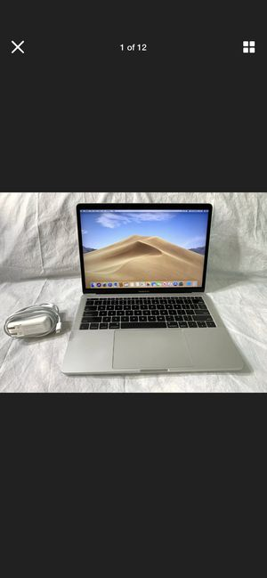 Apple laptop for Sale in High Point, NC