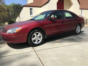 2003 FORD TAURUS LOW MILES EXCELLENT CONDITION for Sale in Decatur, GA