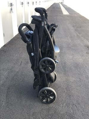 Chicco Double Stroller (black) for Sale in Tempe, AZ