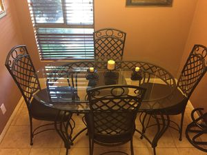 Dining set with 6 chairs. for Sale in Los Angeles, CA