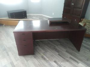 Office desk for Sale in Clermont, FL