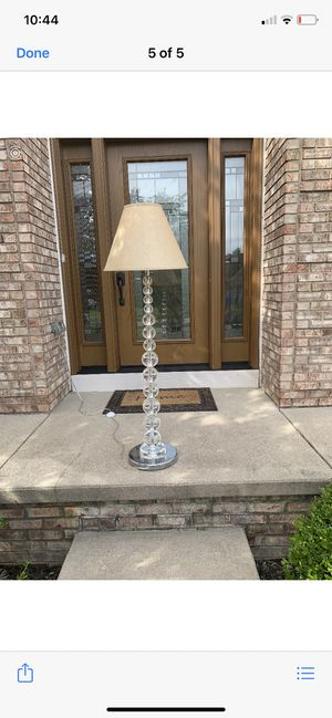 Almost new lamp for Sale in Brecksville, OH