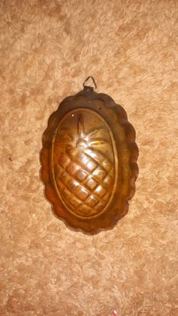 Pineapple jelly mold original patina for Sale in Tulare,  CA