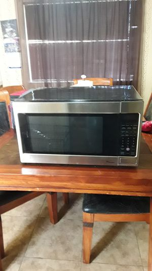 LG microwave for Sale in Dinuba, CA