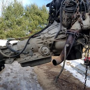Transmission and transfer case for Sale in Reed City, MI