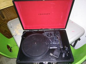 Crossley portable vinyl record player for Sale in Sanger, CA