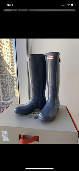 Brandnew Female Hunter boots. for Sale in Chicago, IL