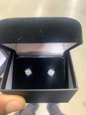 Diamond Ear Rings From Kay Jewelry for Sale in Los Angeles, CA