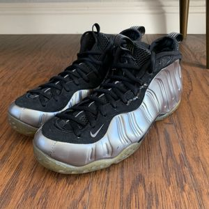 Nike foamposite pewter size 11.5 for Sale in Ontario, CA