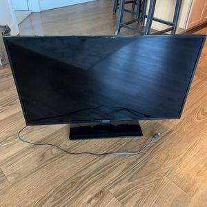 Westinghouse 40 Inch Smart TV for Sale in Denver, CO