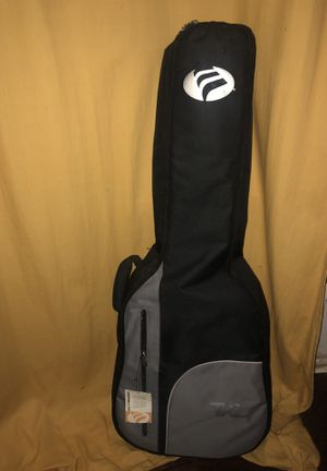 Yamaha F335 with TKL Soft Case for Sale in Silver Spring, MD