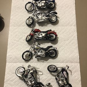 SET OF 7 HARLEY -DAVIDSON BIKES IN EXCELLENT CONDITION for Sale in Laurel, MD