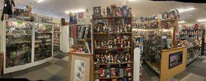 Wrestling figures, Wwe, Bobbleheads, Disney pins, pops, pez, autographs, Kobe , Jordan, Lebron James for Sale in Phoenix, AZ
