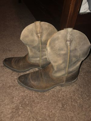 Ariat Cowboy Boots for Sale in Piney Flats, TN