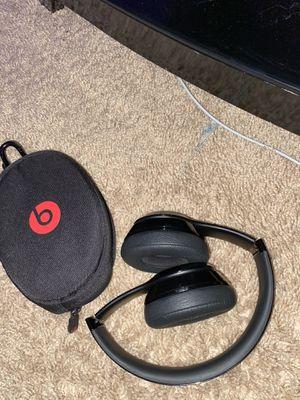 Beats solo 3 wireless for Sale in St. Cloud, FL
