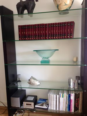 Wall shelves unit/bookcase. Original price of $800 for Sale in Fort Lauderdale, FL