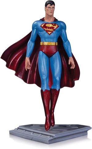 DC Collectables Superman Moebius Statue Factory Sealed for Sale in Las Vegas, NV