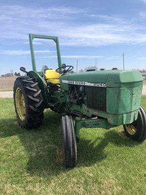 John Deere 2040 Tractor for Sale in Mount Sterling, OH