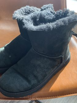 Black UGGs Size 8 for Sale in Seattle,  WA