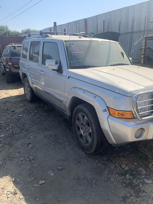 2010 Jeep commander for Sale in Riverbank, CA