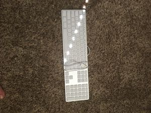 Apple keyboard wired (model A1243) aluminum for Sale in Vancouver, WA