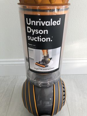 Dyson Ball™ Multifloor 2 Upright Vacuum in Iron/Satin for Sale in West Los Angeles, CA