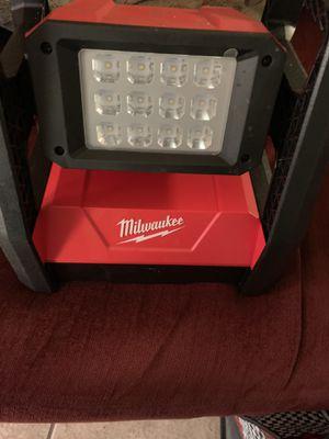 Milwaukee flood light m18 for Sale in Sunnyvale, CA