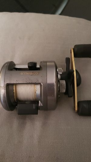 Shimano corvalus cvl200 for Sale in Las Vegas, NV