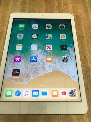 Apple iPad Air WiFi + Cellular unlocked LTE 4G for Sale in Pembroke Pines, FL