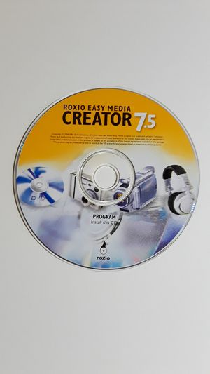 Roxio CREATOR 7.5 Capture Video/Sound Editor Compile Movies/Copy Disc Easy Archive. for Sale in Beach Park, IL