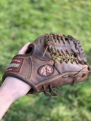Nokona Baseball Glove for Sale in Kingsburg, CA