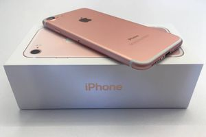 IPhone 7 32GB Verizon for Sale in Sioux Falls, SD