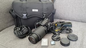 Nikon D5000 DSRL Camera with 55-200mm lens for Sale in Tampa, FL