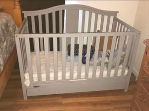 Grayco 4 in 1 Baby crib for Sale in Phelan, CA