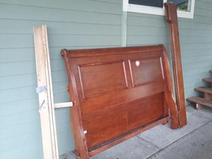 free full headboard for Sale in Troutdale, OR