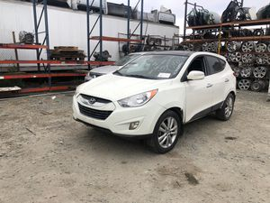 """11 Hyundai Tucson """"for parts"""" for Sale in San Diego, CA"""