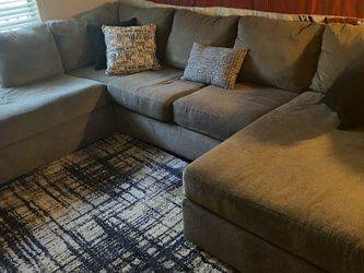 Couch Sectional for Sale in Houston,  TX