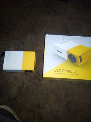 LED Projector for Sale in Millersville, MD