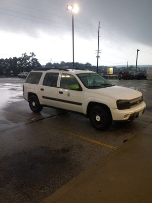 2005 Chevy trailblazer 3rd row (read post) for Sale in Akron, OH