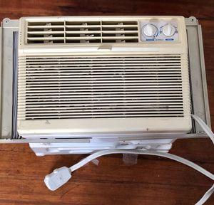Air conditioner (REDUCED PRICE) for Sale in Boston, MA