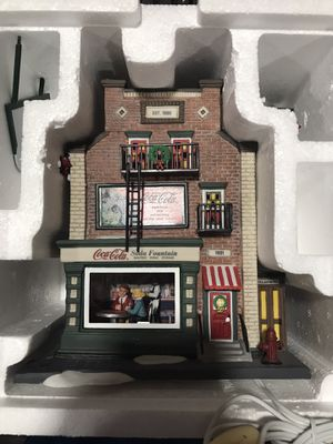 Department 56 Coca-Cola Soda Fountain Christmas in the City MINT never out of box for Sale in Gilbert, AZ