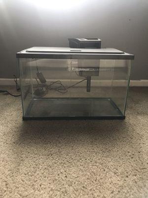 5 gallon fish tank. for Sale in Rancho Cucamonga, CA