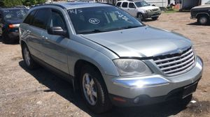 2004 Chrysler Pacifica Limited 200k miles runs and drives 3rd row!!! for Sale in Fort Washington, MD