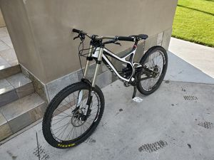 Specialized Demo 8 Carbon DH Downhill Mountain Bike for Sale in Westchester, CA