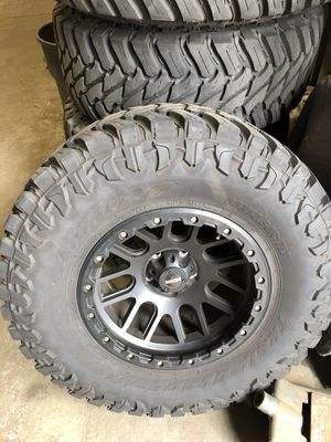 "Jeep Wrangler jk off-road tires and 3"" life kit for Sale in Westmont, IL"