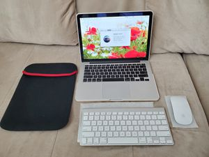 MACBOOK PRO Retina 13 inch - Mid 2014 Bundle for Sale in San Gabriel, CA