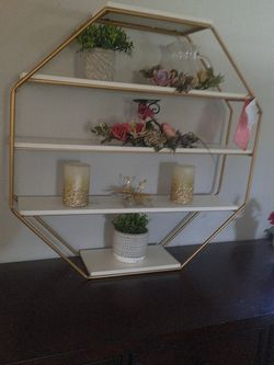 Wall Decor Floting Shelf 5 Tier for Sale in Buena Park,  CA