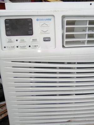 Like new window AC unit 8.000 BTU for Sale in Union City, CA